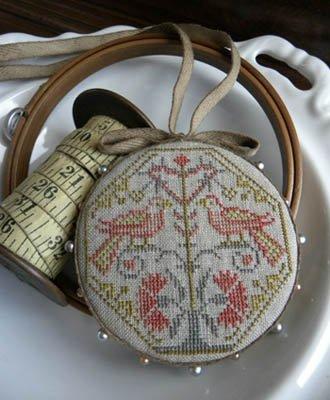 Quaker Bird Pinwheel ~ Threadwork Primitives