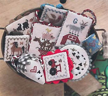 Festive Little Fobs 13 Barnyard ~ Heartstring