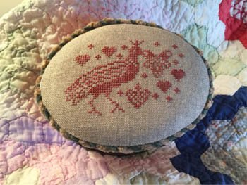 Red Bird and Heart Box Topper ~ Dames of the Needle
