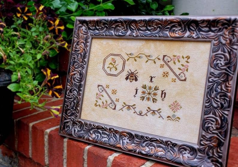 Busy Bee Sampler ~ Willow Hill