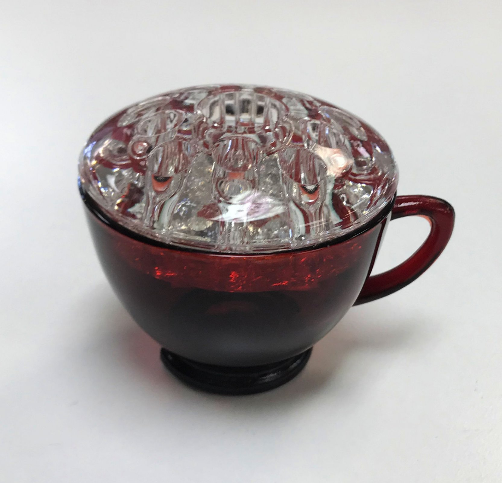 Cranberry Glass Cup Scissor Frog