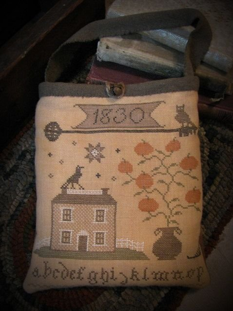 Olde Autumn Pocket ~ Primitive Bettys