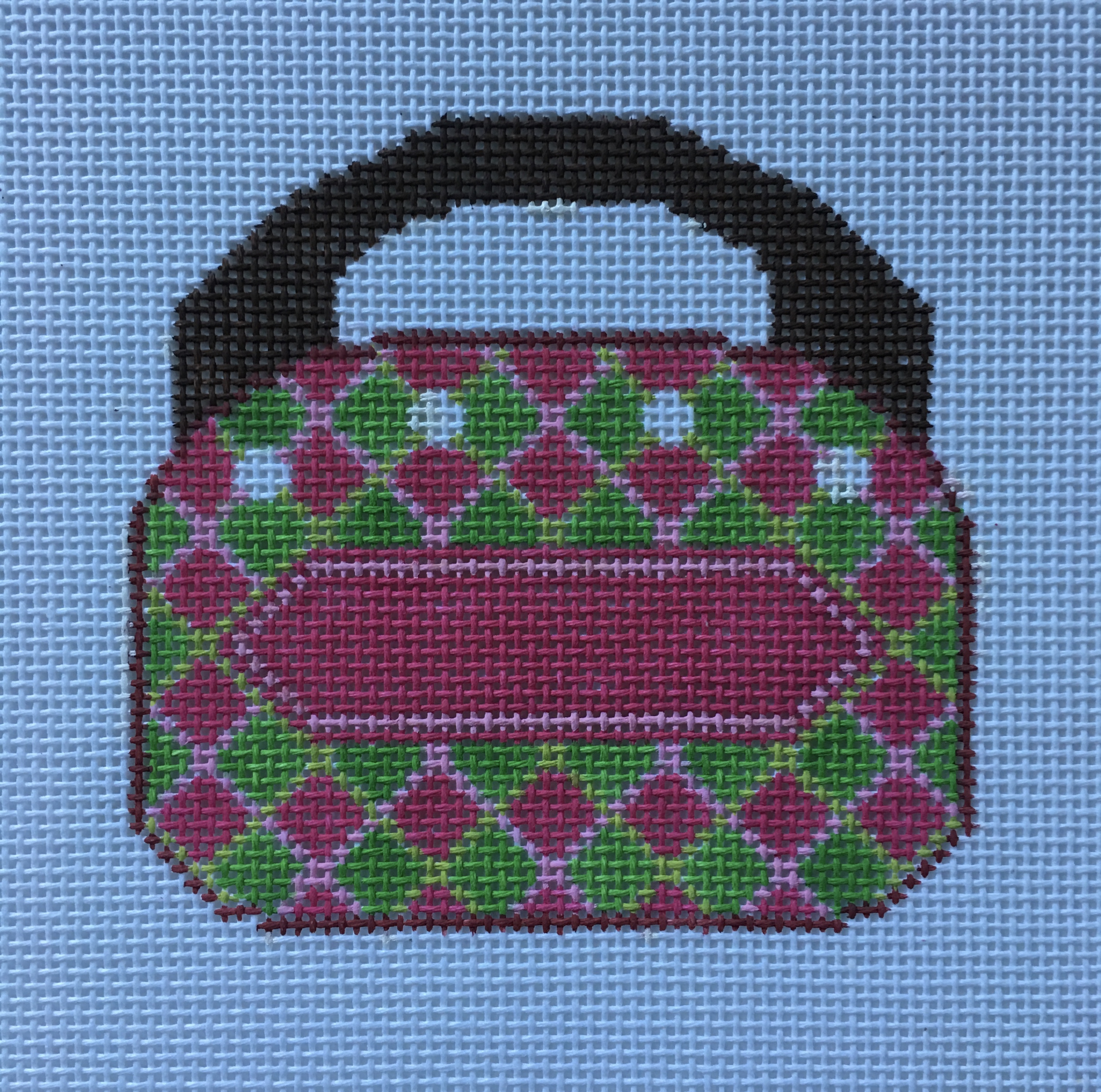 Two Sisters Bermuda Bag - Argyle on 18 mesh
