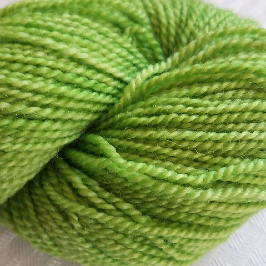 8 BFL Solid DK Granny Smith