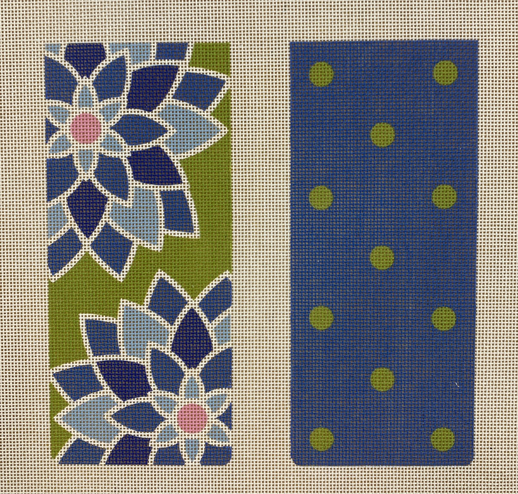 graphic flower eyeglass case, blue