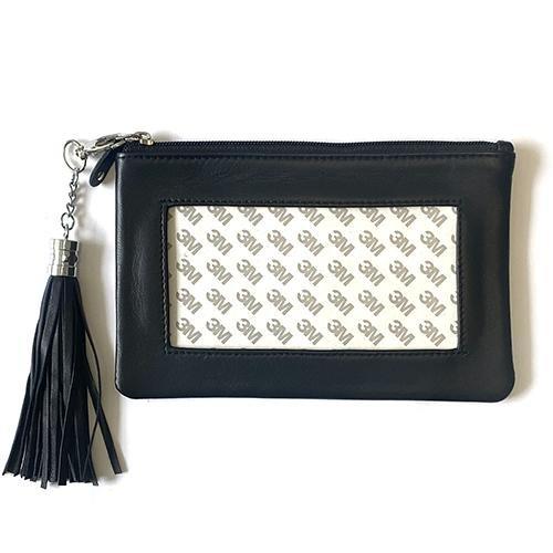 zip pouch w tassel