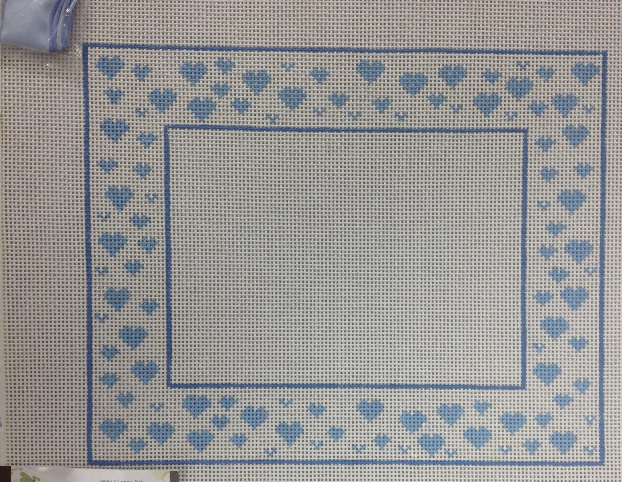 blue heart frame w ribbon