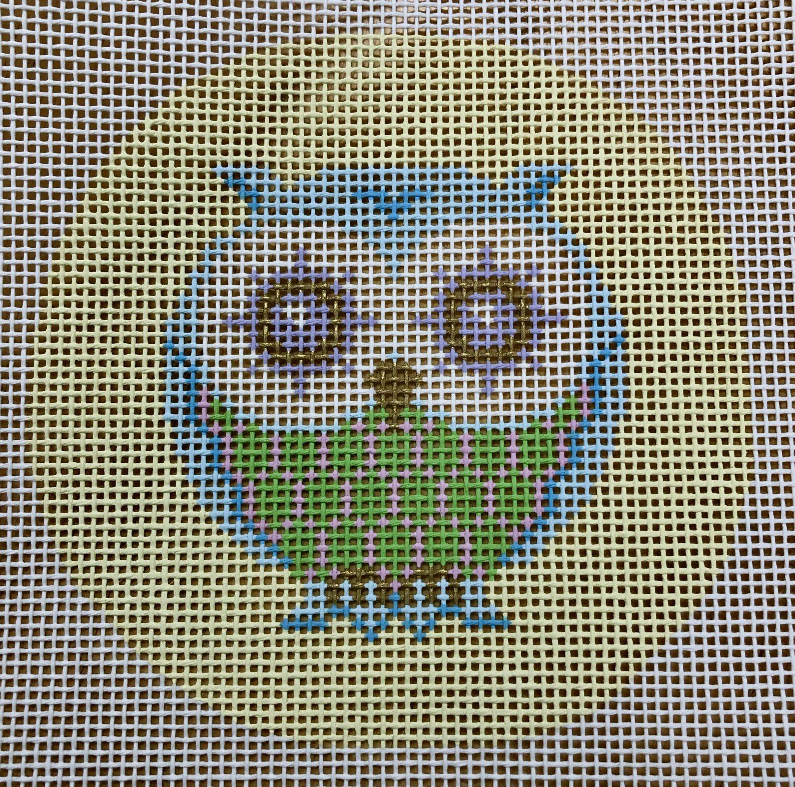 owl w pastel pattern