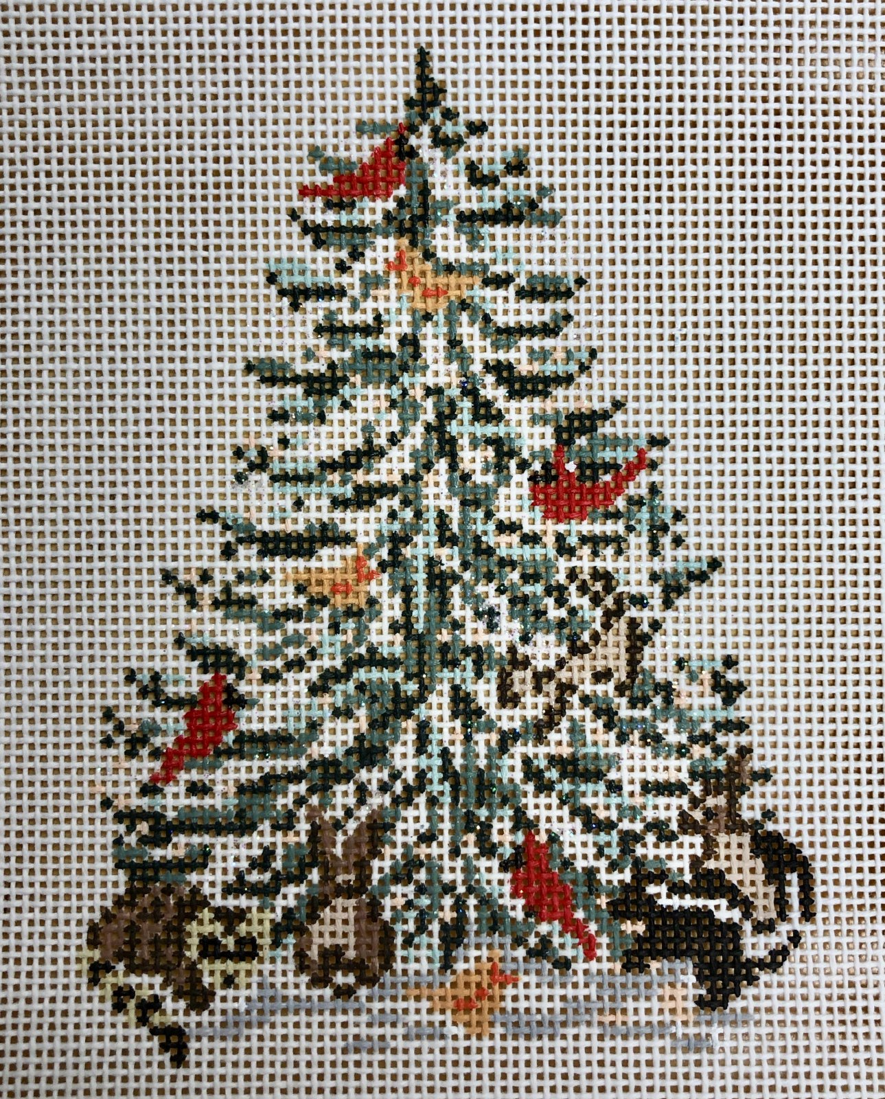 cardinals & critters tree
