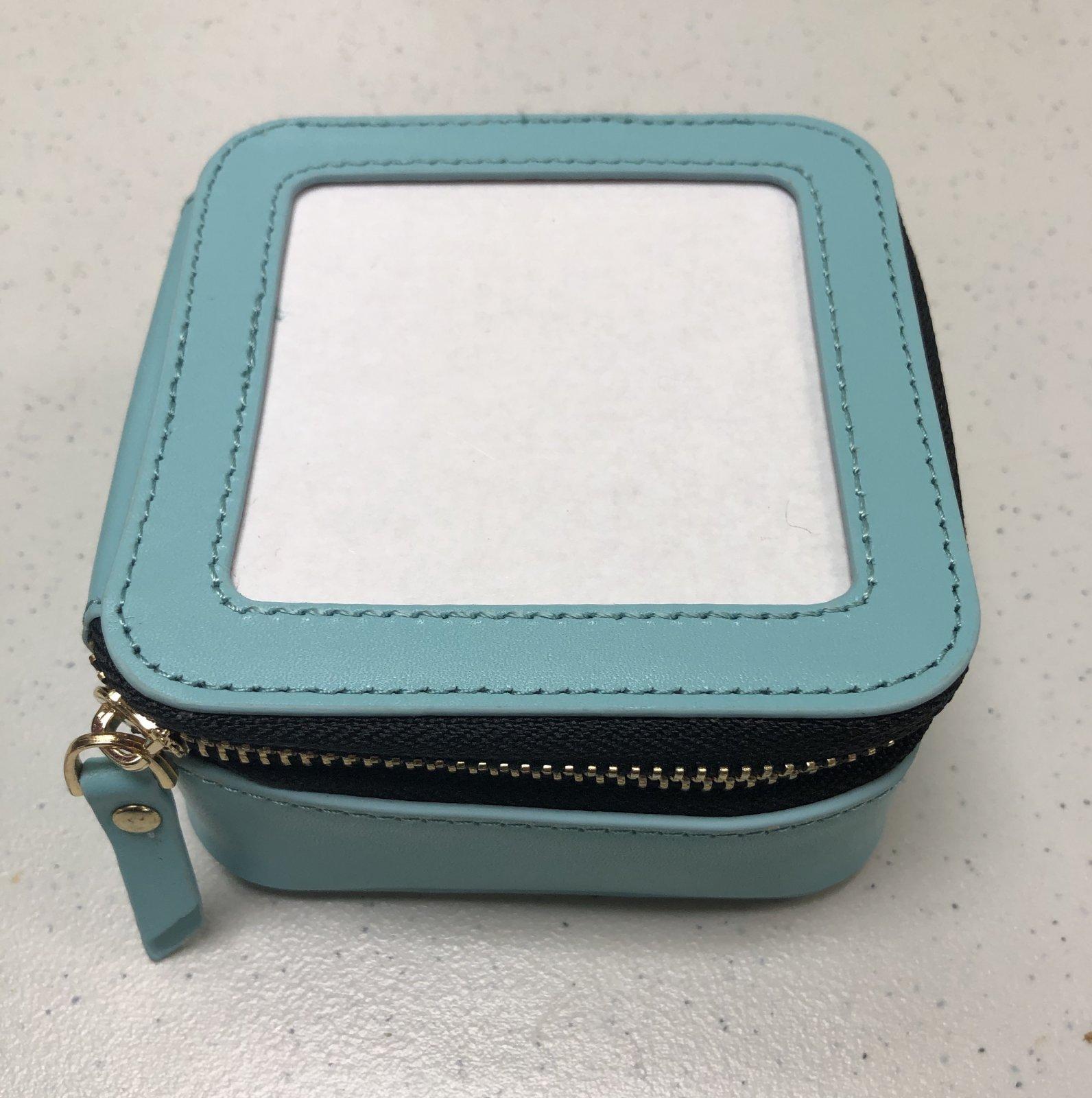 jewelry case, square