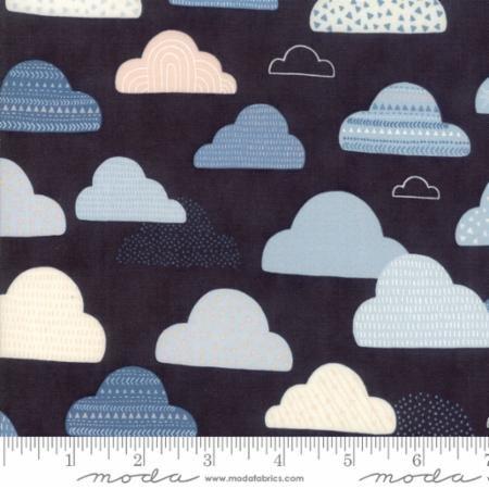 Clouds  - Wild  and Free - Abi Hall - Moda