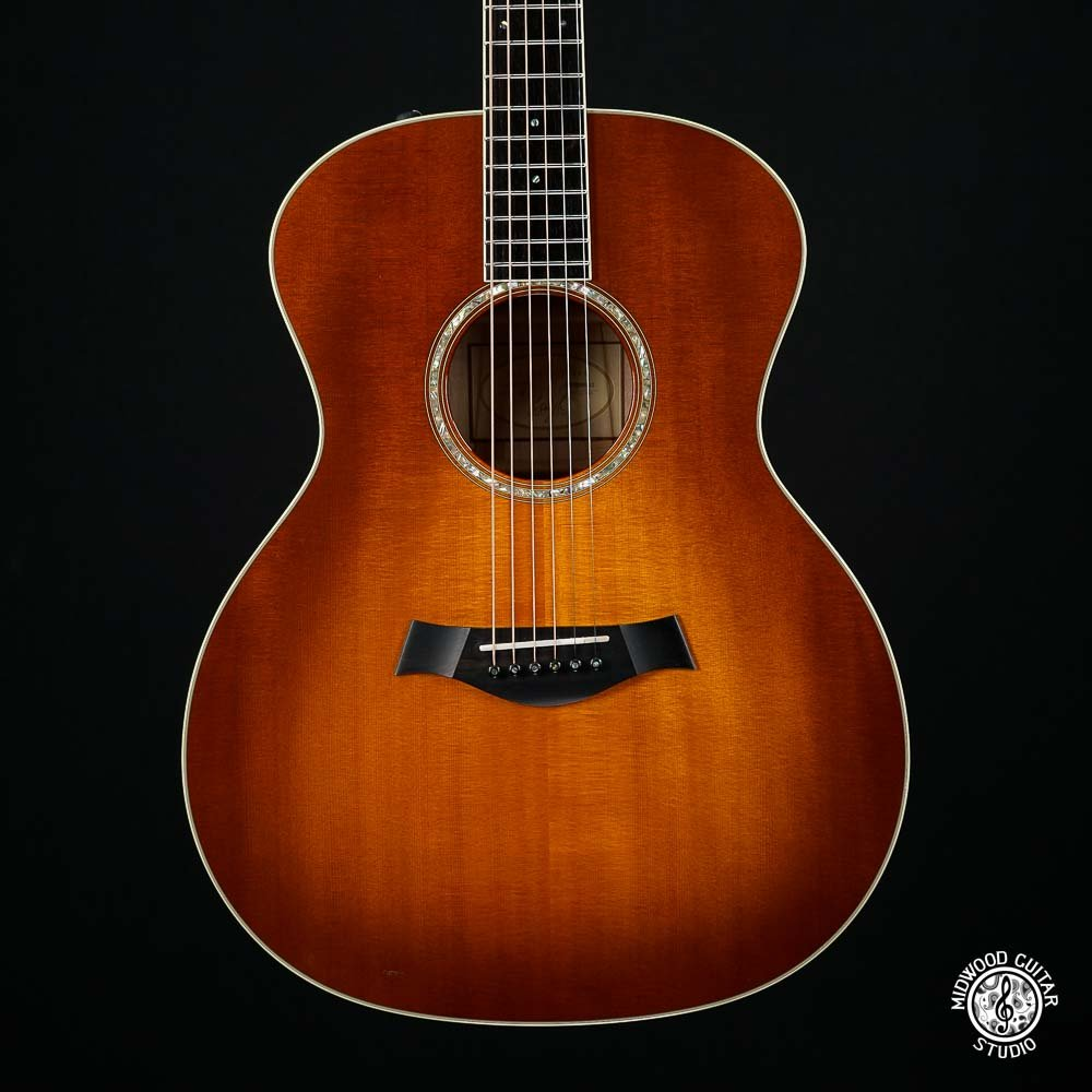 Taylor GA6-E - Sunburst - Used