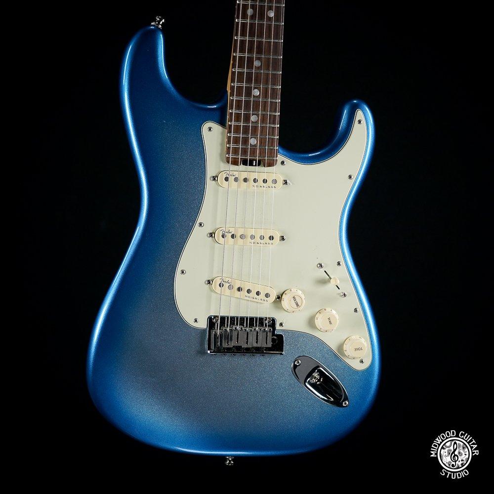Fender American Elite Stratocaster - Sky Blue Metallic - 2016