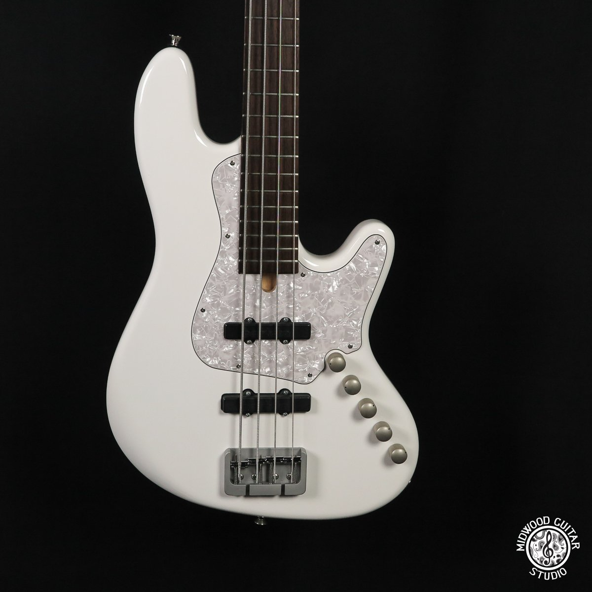 Elrick Expat 4 String White - Dot Inlays (Demo)