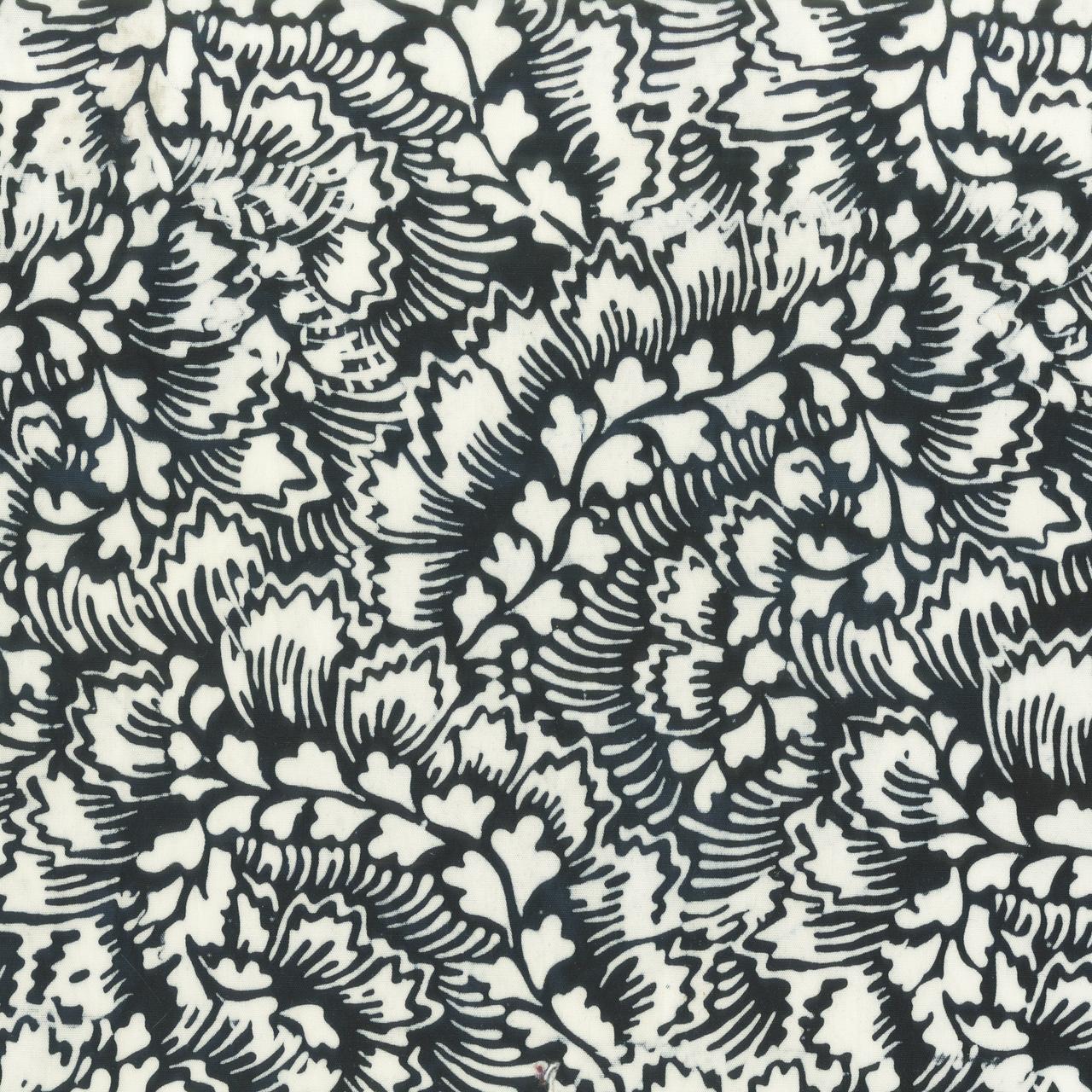 Batik b&w- Feathered