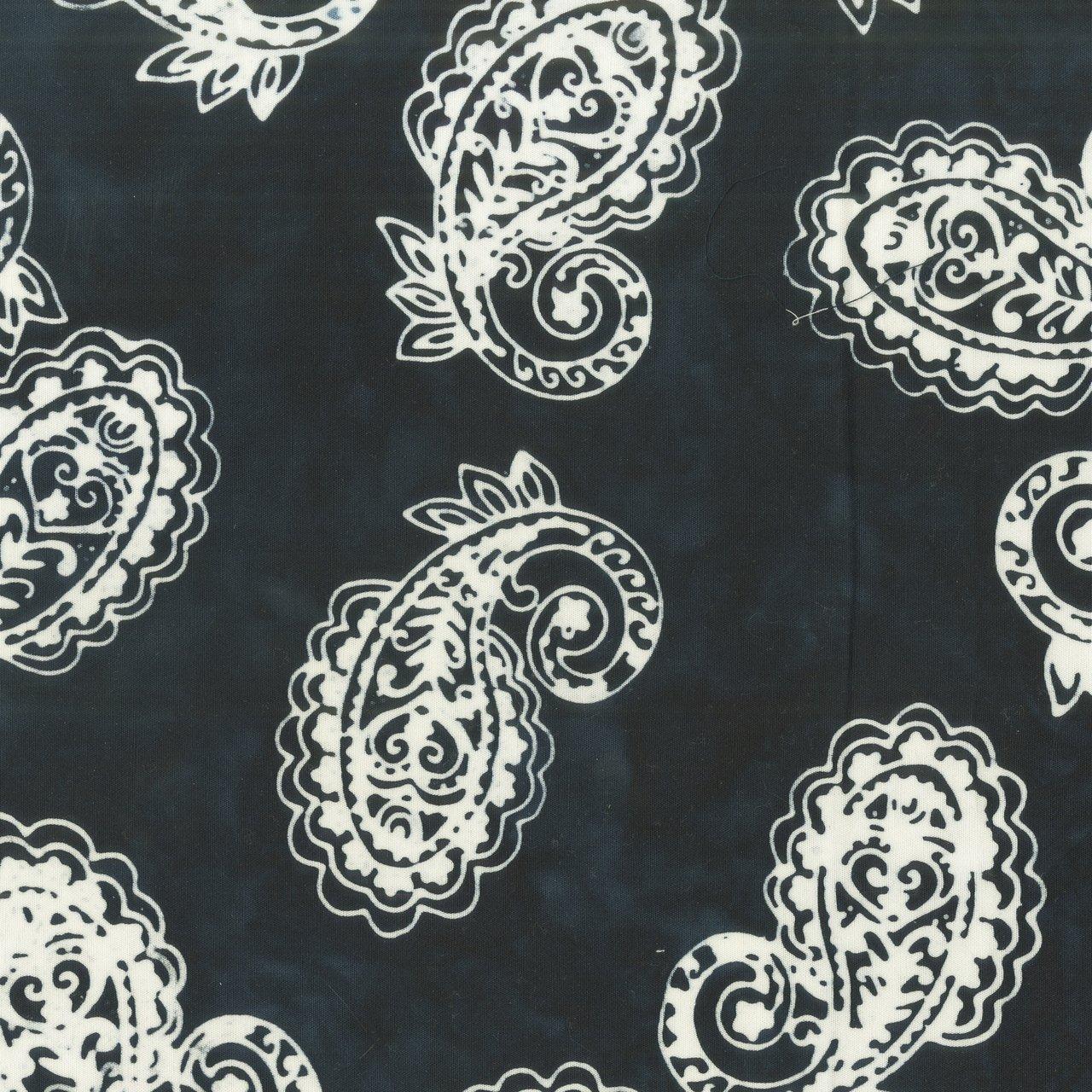 Batik b&w- Paisley