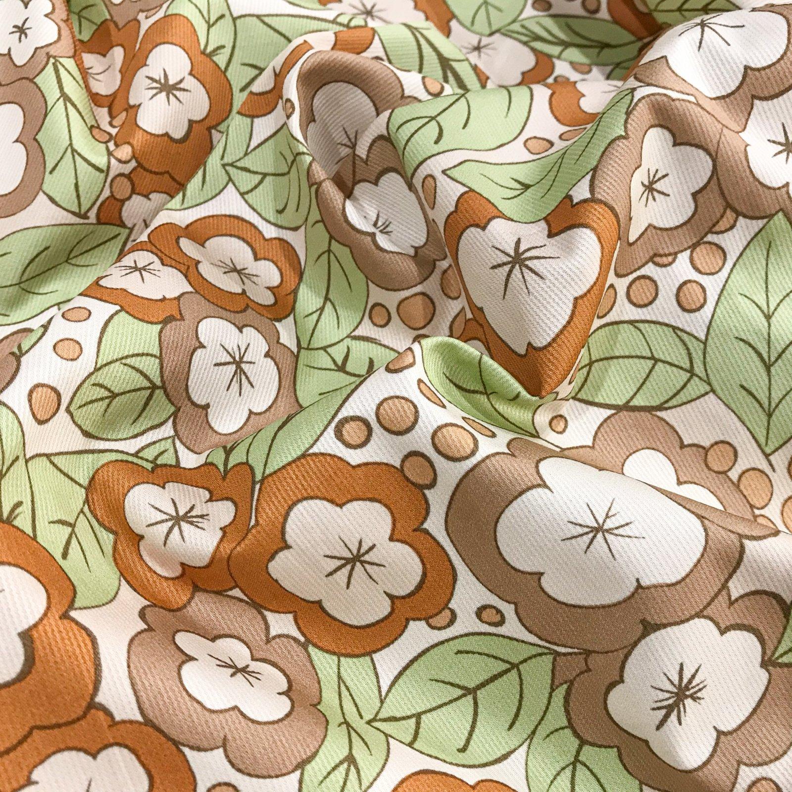 Cotton Poplin - Rust Daisy Texture