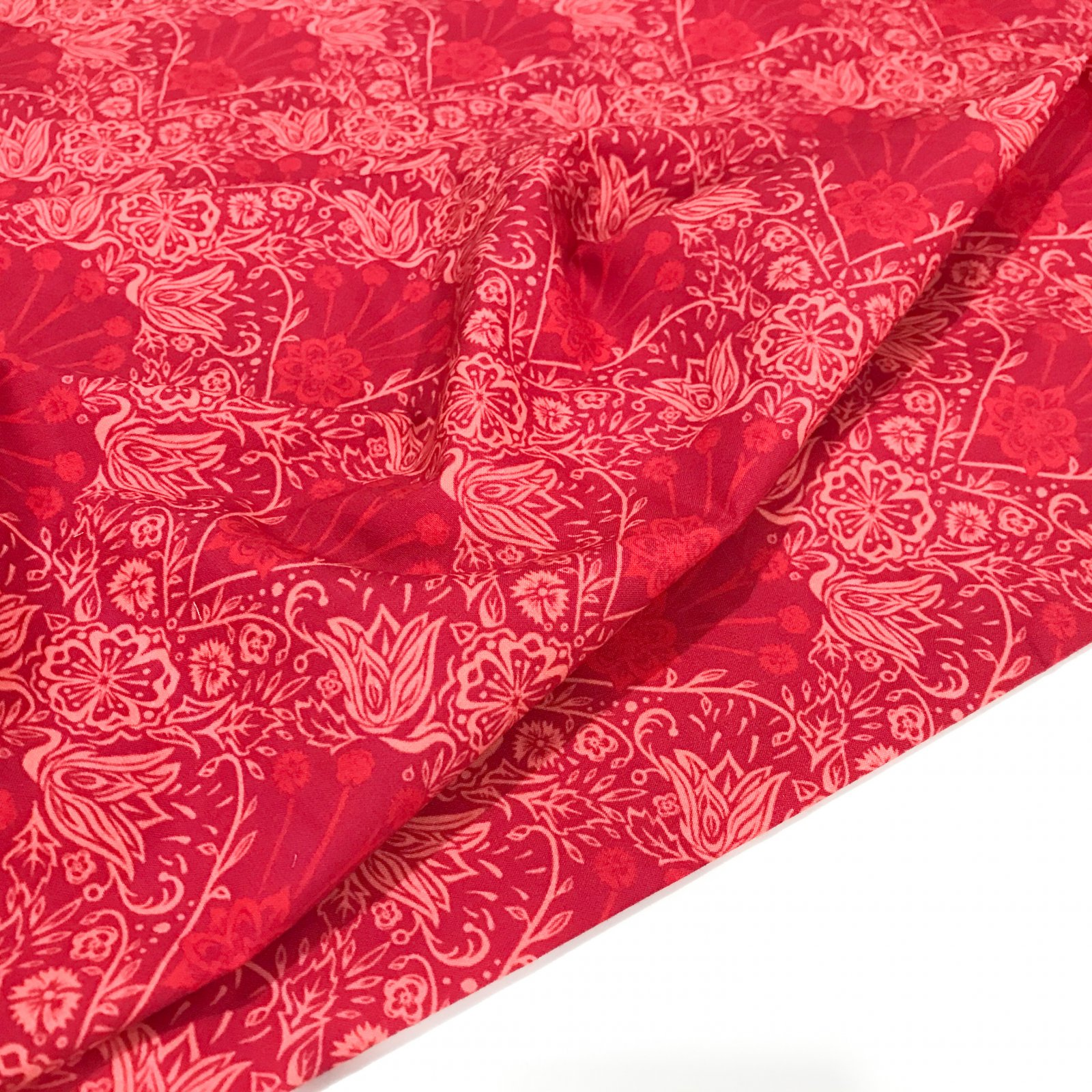 100% Organic Cotton Poplin -  Blooming Garland - Red