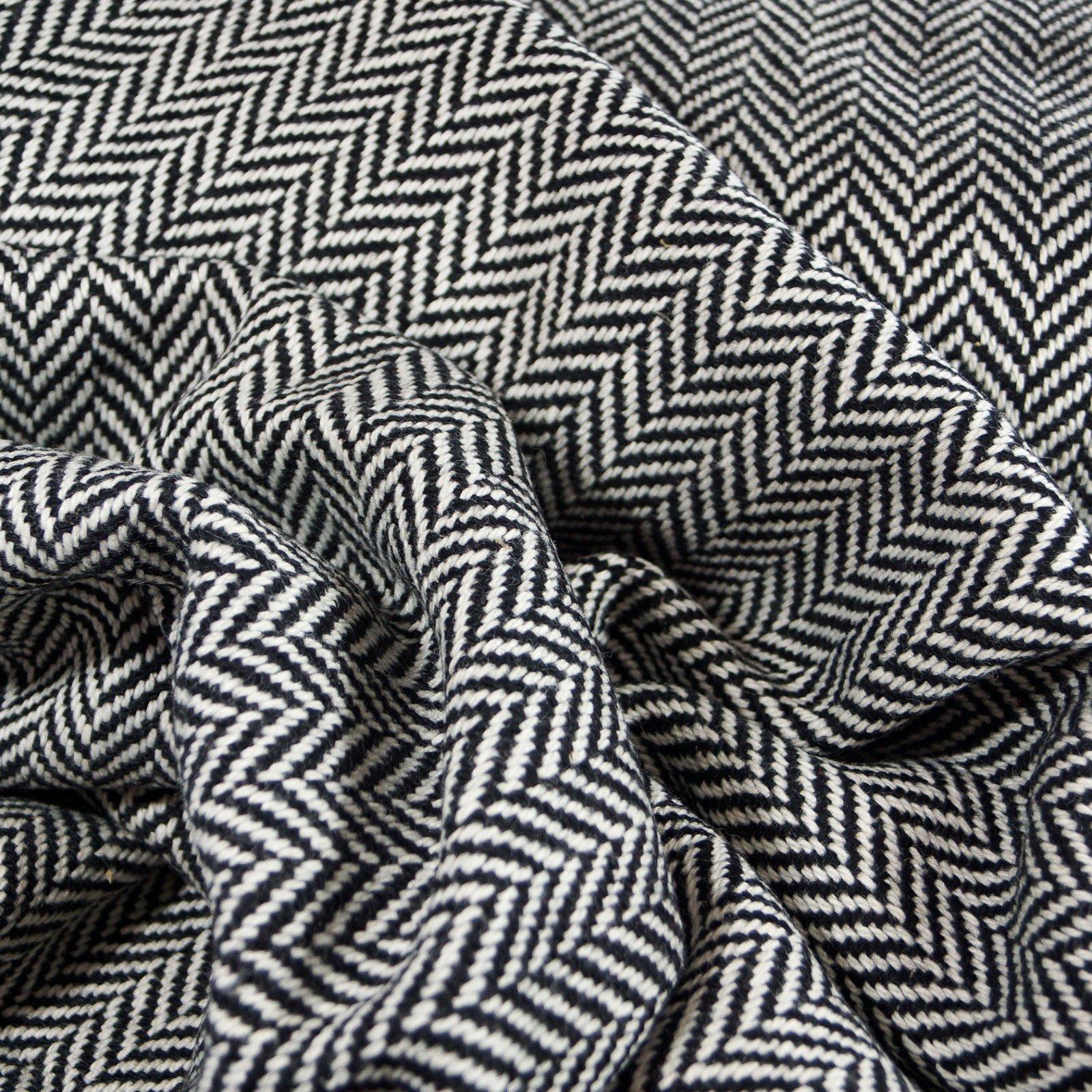 Wool - Medium-Yarn Chevron Italian Wool