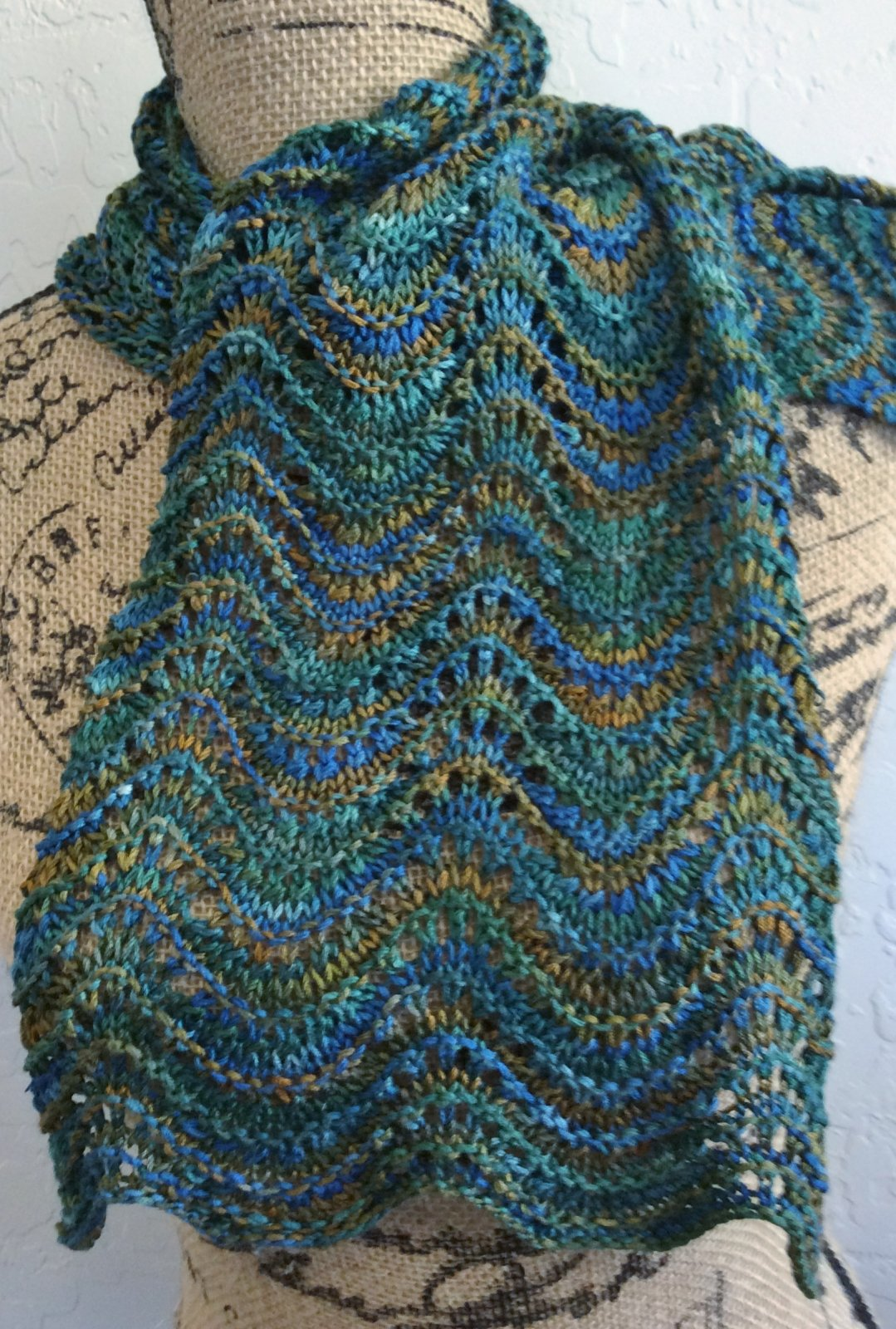 Lace Scarf - Feather & Fan