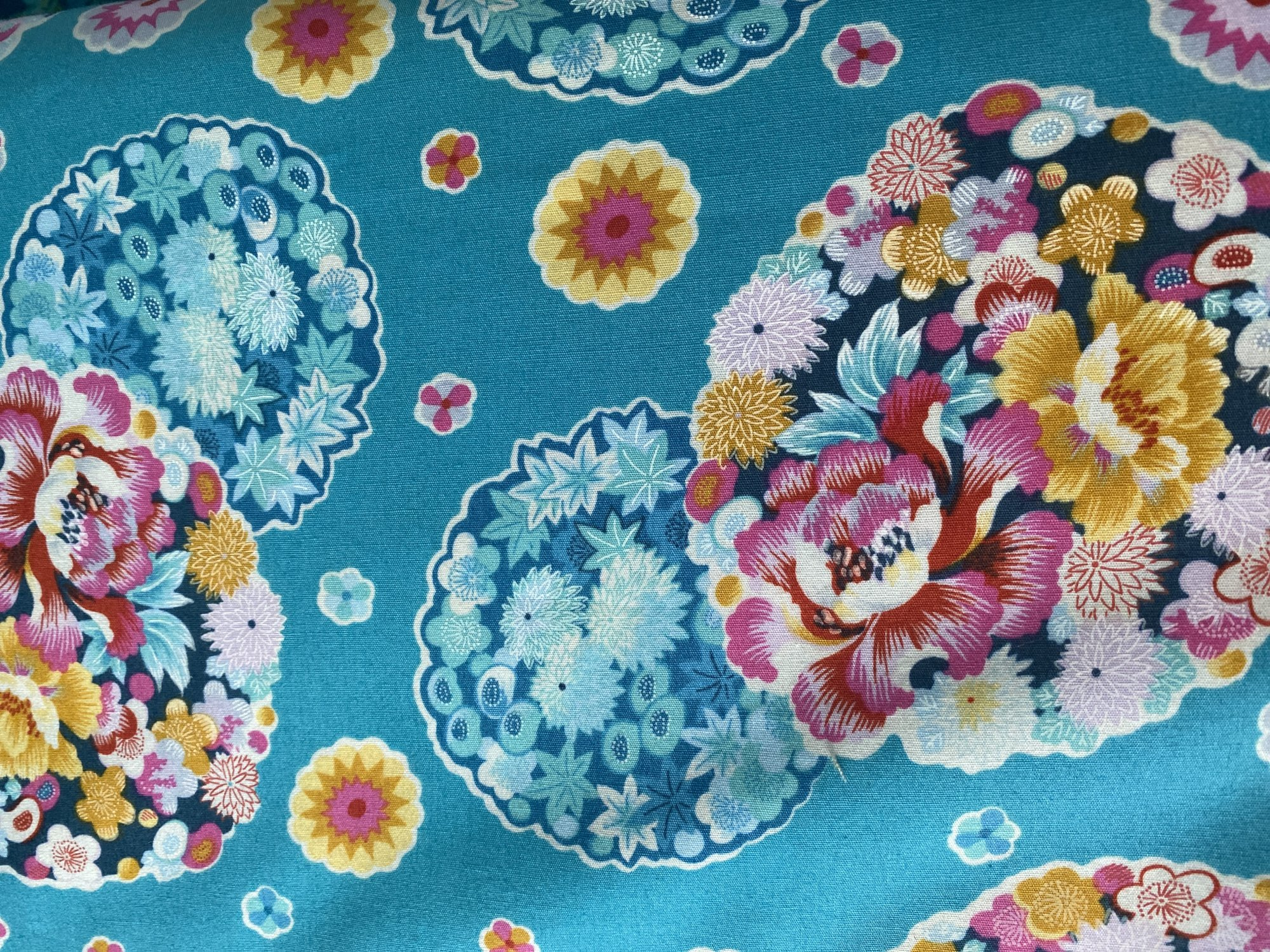 **Cloud Blossom : Turquoise