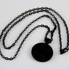 Zappy Dots Oval Chain Necklace - black finish