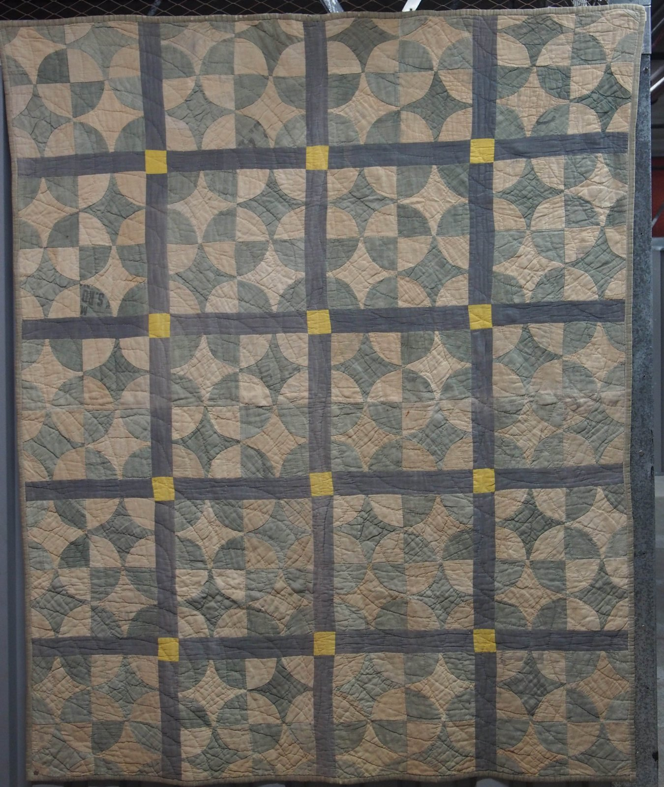 ROBBING PETER TO PAY PAUL VINTAGE QUILT