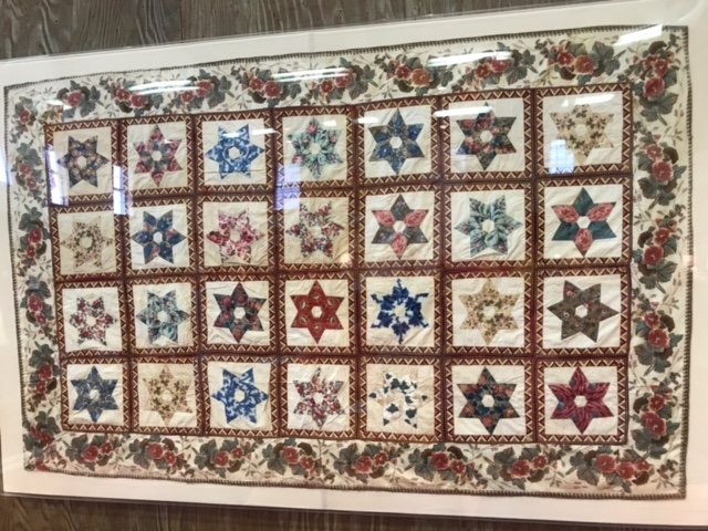 SIX POINT CHINTZ OPENWORK STARS TRUNDLE ANTIQUE QUILT
