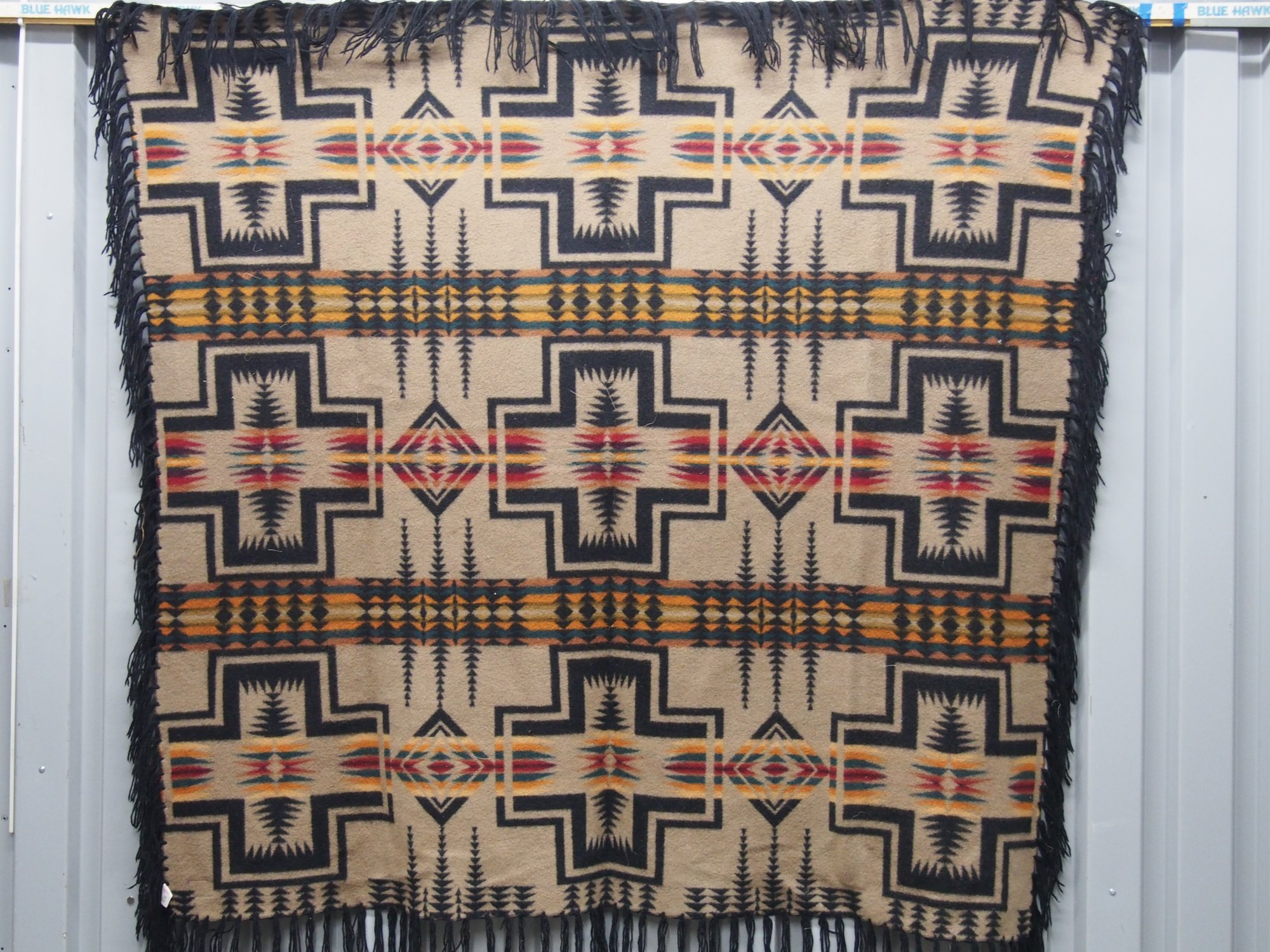 PENDLETON VINTAGE BLANKET 9 crosses geometric black