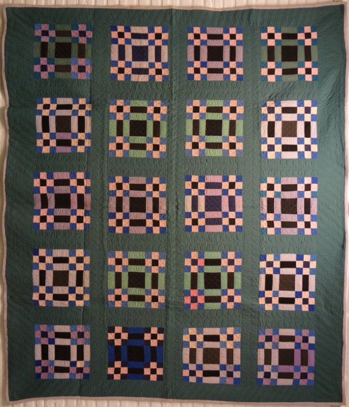 AMISH ALBUM PATCH (9 PATCH VARIATION) ANTIQUE QUILT