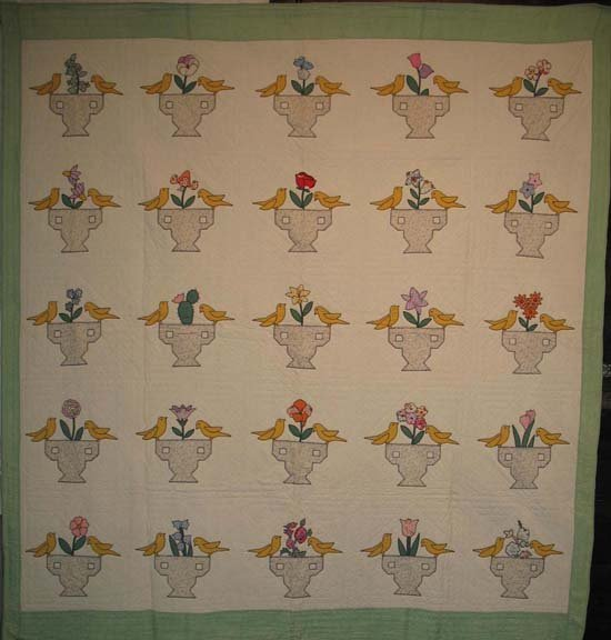 BIRDS ON URNS ANTIQUE APPLIQUE QUILT