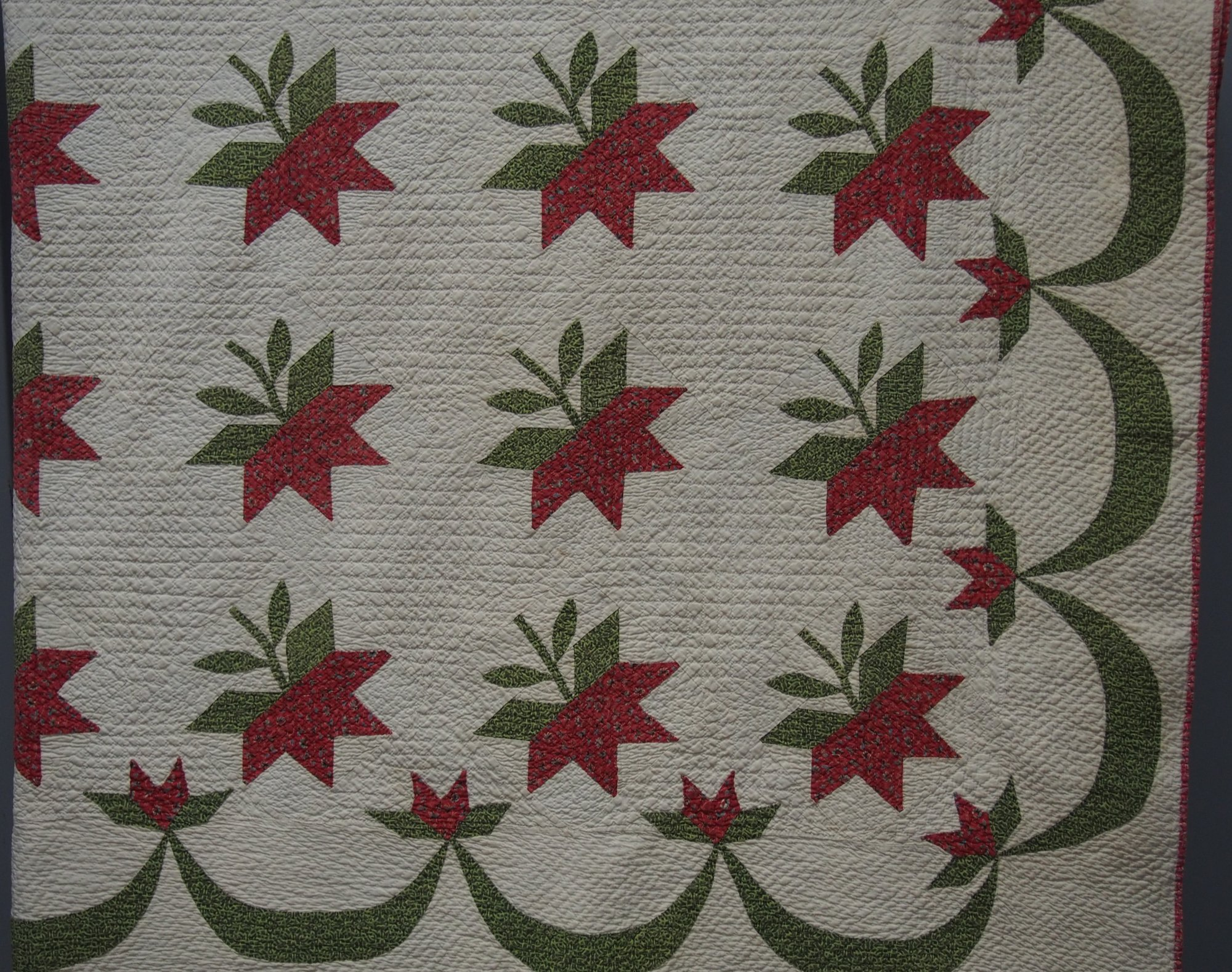 CAROLINA LILY or PEONY ANTIQUE QUILT