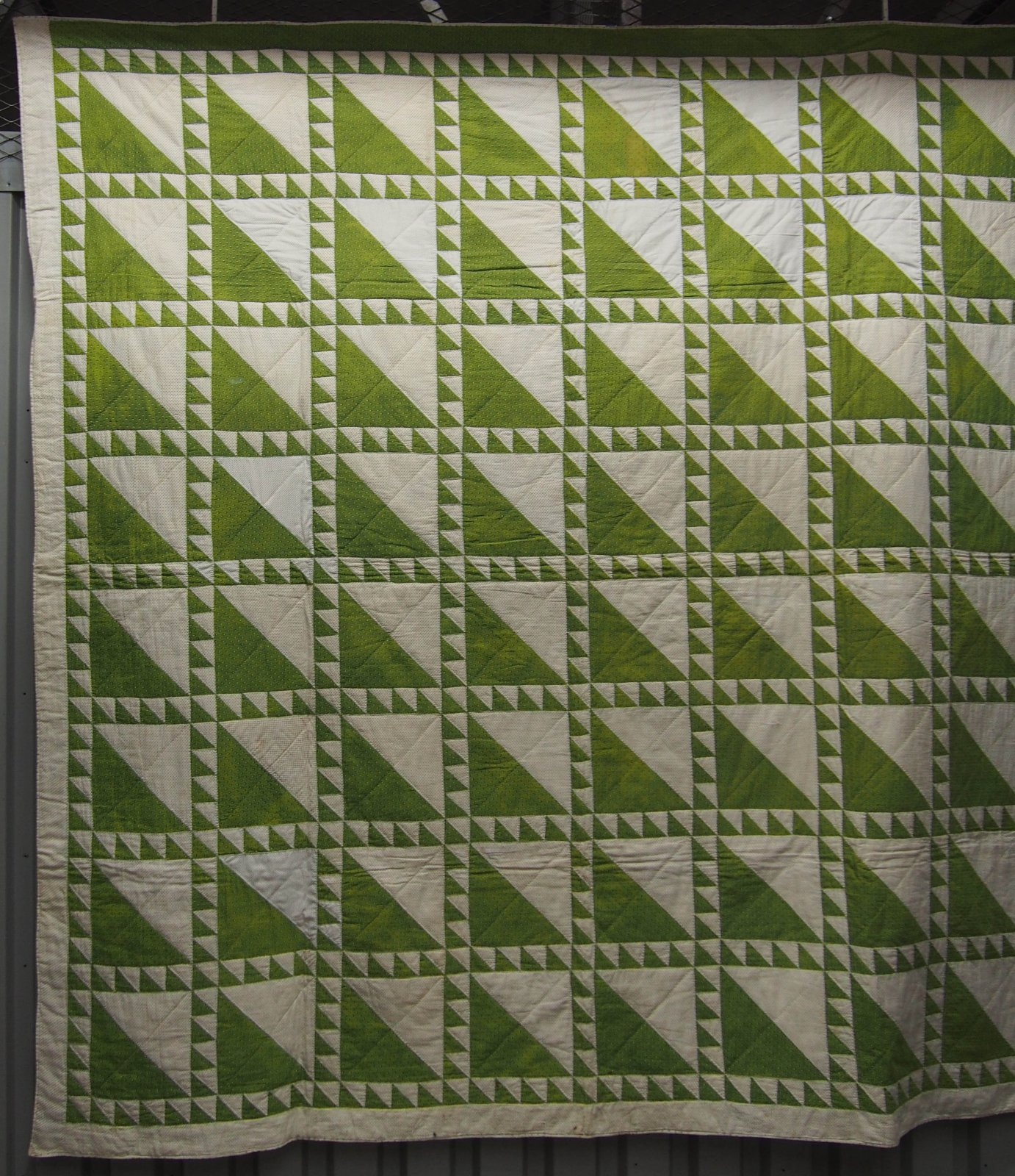 LADY OF THE LAKE EARLY ANTIQUE QUILT chartreuse