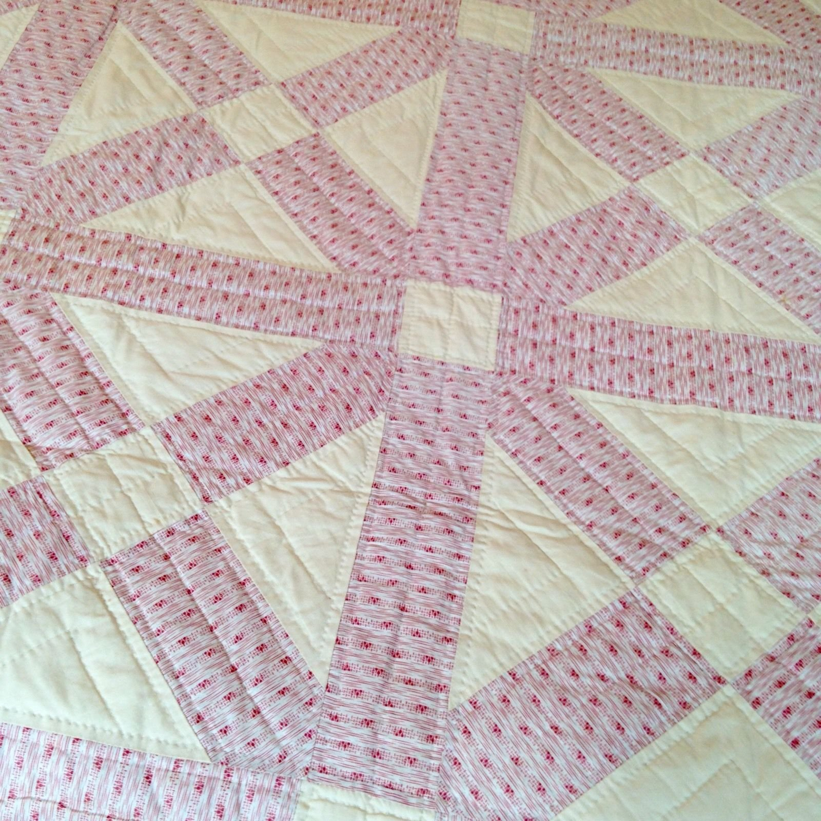 CROSSROADS LAVENDER ANTIQUE  QUILT