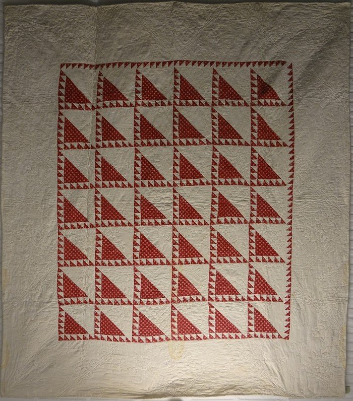 LADY OF THE LAKE ANTIQUE QUILT red and white 1840s