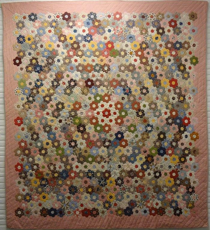 or HONEYCOMB or DOUBLE HEXAGONS ANTIQUE QUILT : honeycomb quilt - Adamdwight.com