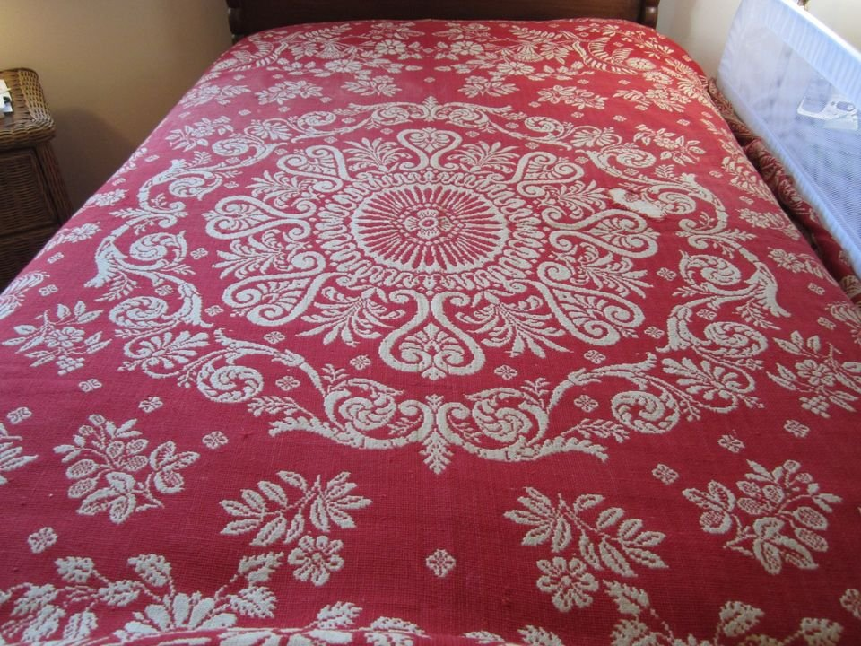 JULIA ROCKEFELLER NYState ANTIQUE JACQUARD COVERLET red