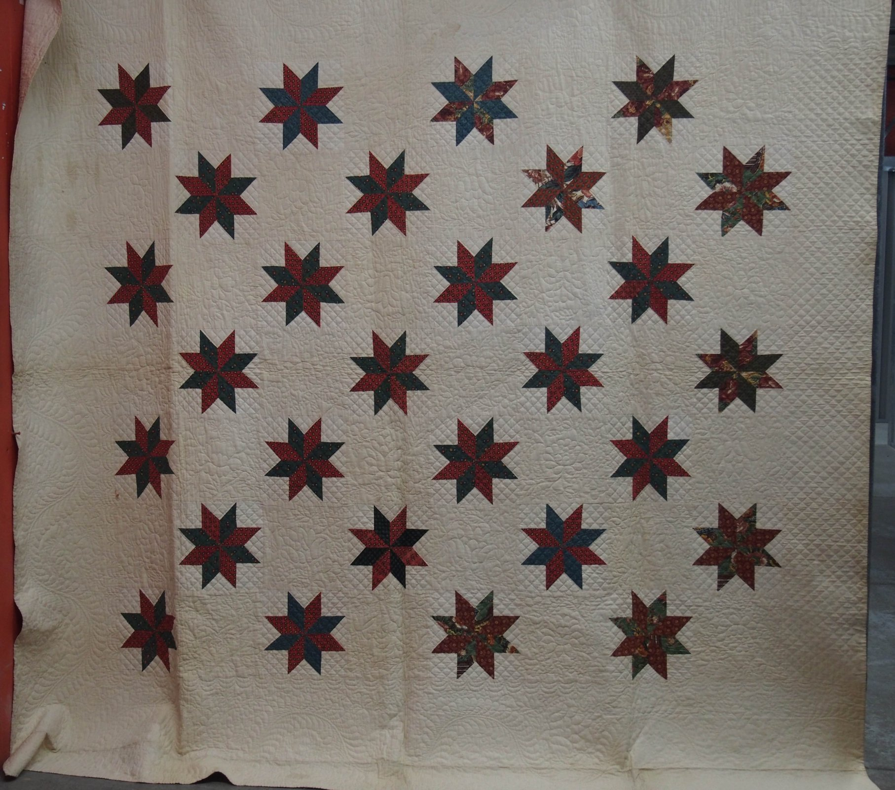 LEMOYNE STARS EARLY ANTIQUE QUILT wide white border