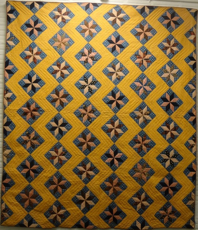 LEMOYNE STARS ZIGZAG SASHING ANTIQUE QUILT