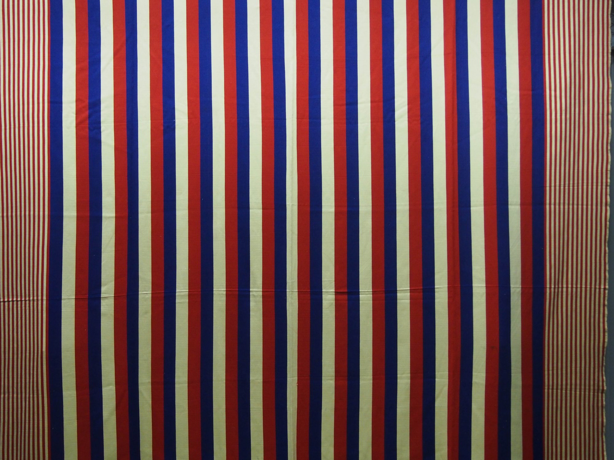 RED WHITE BLUE STRIPED FINE BLANKET