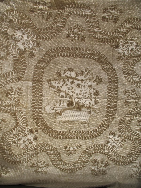TRAPUNTO WHITEWORK BASKETS MEDALLION AND BORDER ANTIQUE QUILT, king size