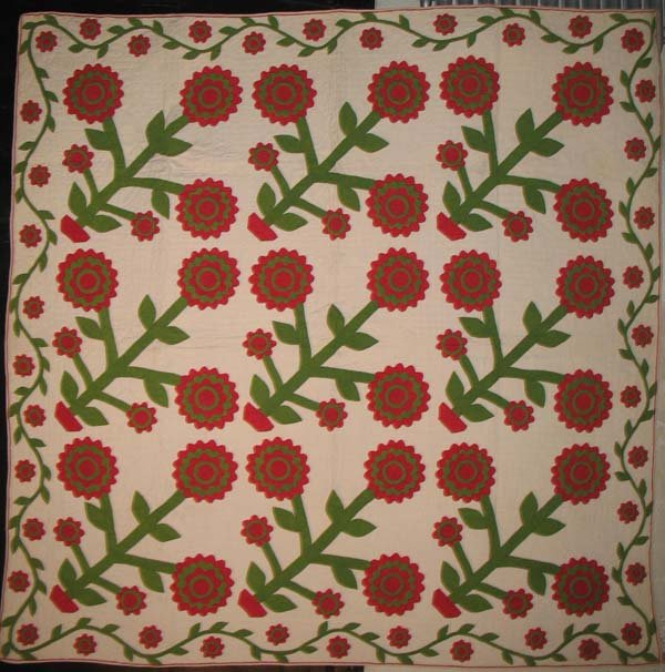 TRIPLE LAYERED BLOSSOMS APPLIQUE ANTIQUE QUILT