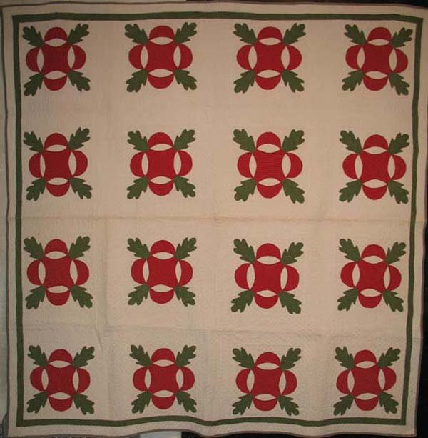 OAK LEAF AND REEL ANTIQUE QUILT