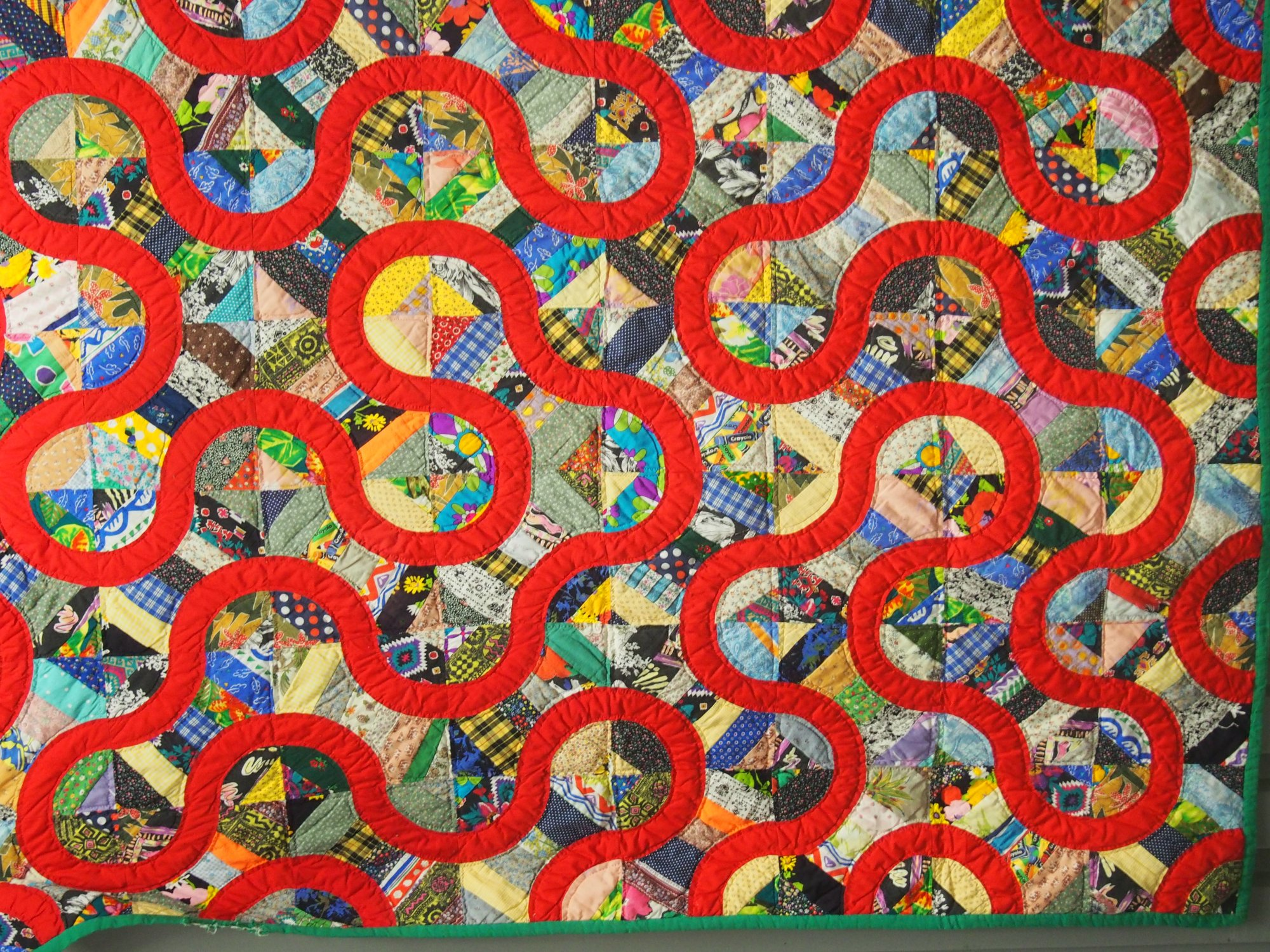 SNAKE PATH VINTAGE PIECED QUILT