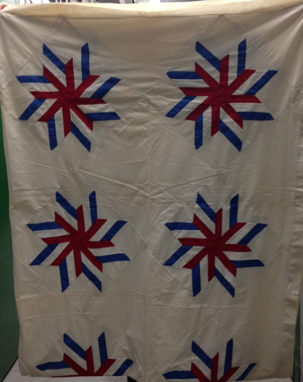 PATRIOTIC EIGHT POINT STAR 1918 ROYAL NEIGHBORS OF AMERICA ANTIQUE QUILT