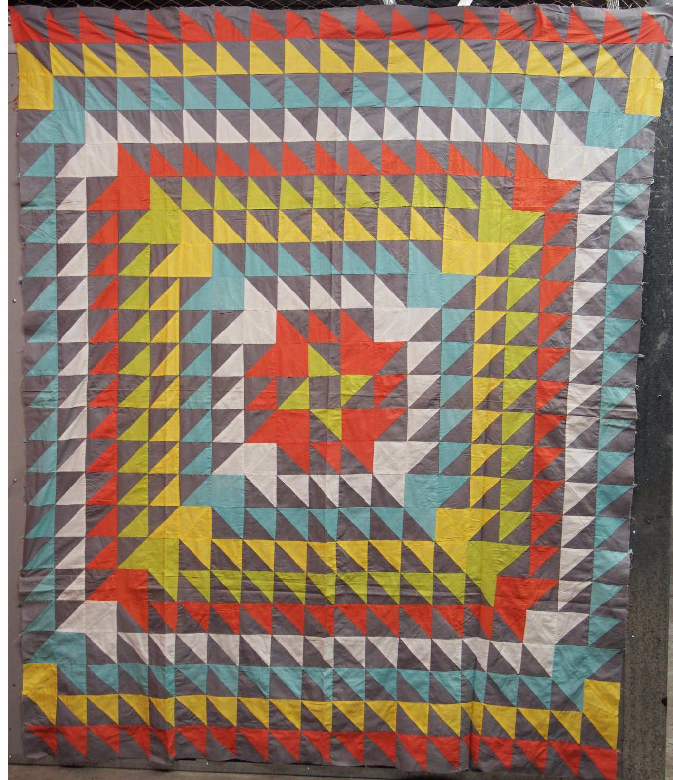 MONUMENTAL FAN BLADE PIECED VINTAGE QUILT TOP