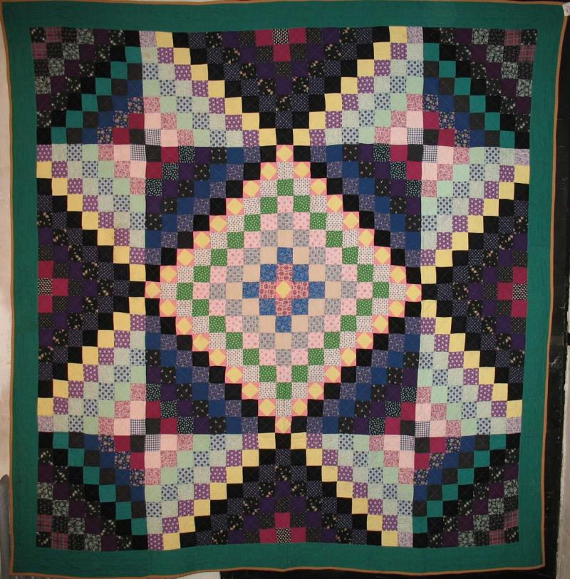 BOWMANSVILLE STAR ANTIQUE QUILT, cotton, green border