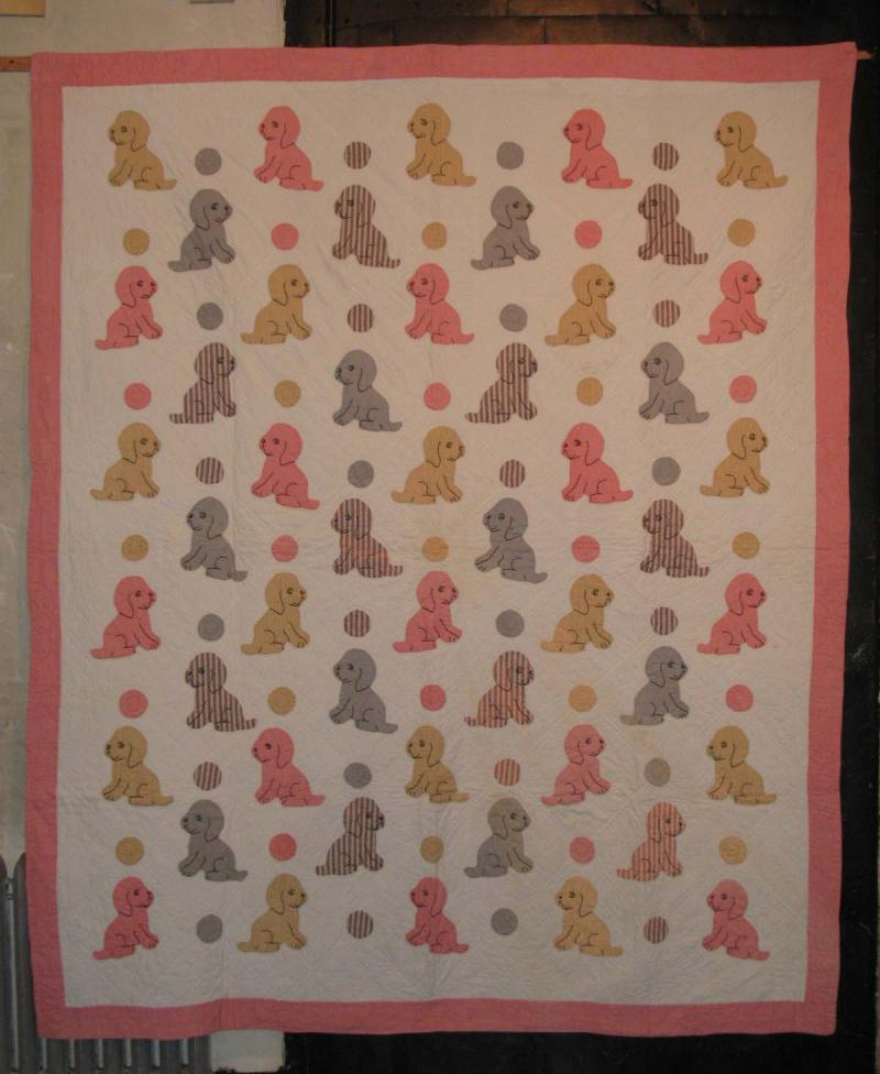 PUPPIES AND DOTS APPLIQUE QUILT