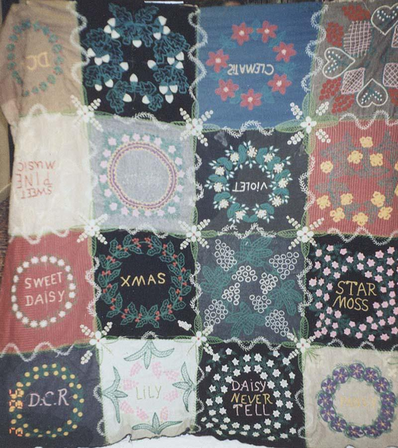 HOLIDAY AND FLOWERS EMBROIDERED WOOL VINTAGE QUILT TOP