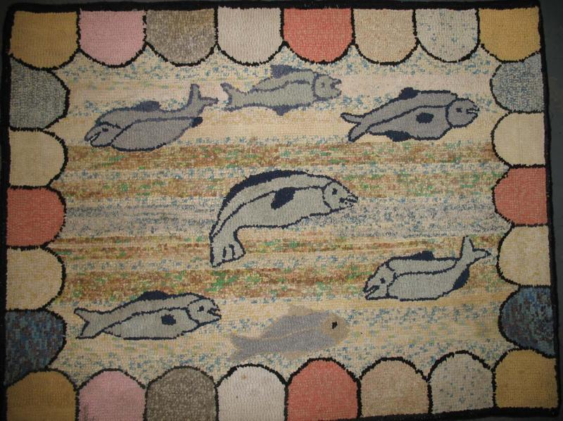 FISH ANTIQUE HOOKED RUG